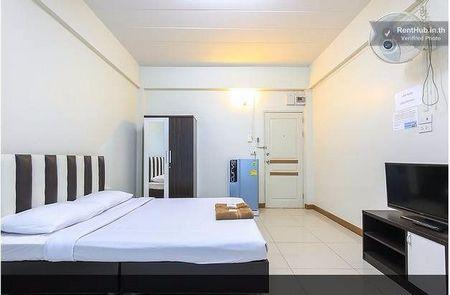 ให้เช่าห้องพัก 40 ตารางเมตร รายเดือน คู้บอน6 ถนนรามอินทรา ติดต่อ 02-9432378