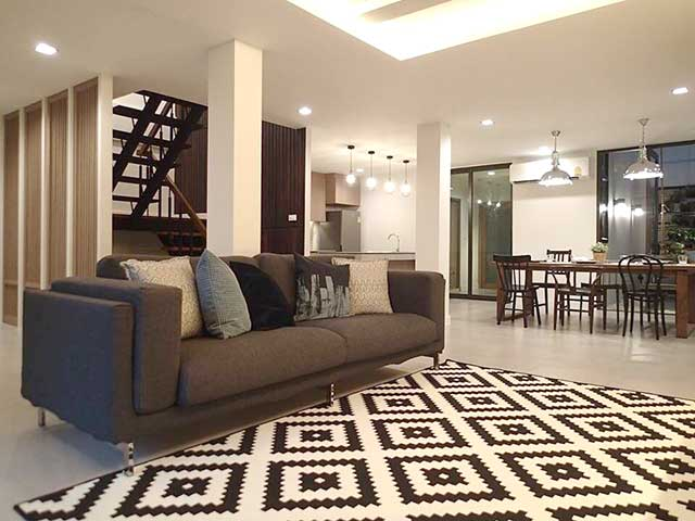 Rent Town House Ekkamai 12 3 bedroom  170 sqm