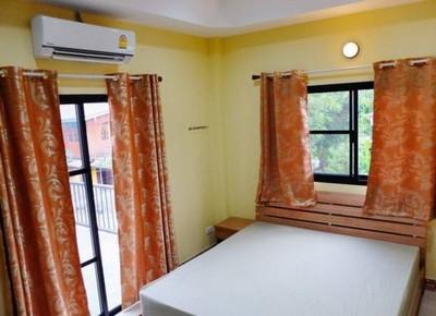 บ้านสวยใหม่ สภาพดี รอผู้เช่า เป็นทาวน์โฮม2ชั้น