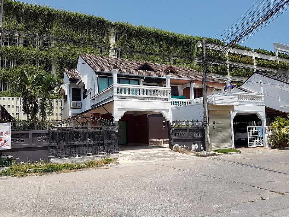 ภาพขายบ้าน ทาวน์เฮ้าส์แฝด หัวหิน ใกล้ Market Village