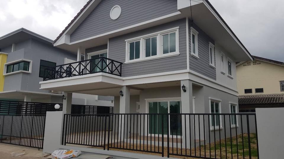 ซื้อบ้านเงินเหลือปลดหนี้ กับ**โครงการ ชายสี่วิลล์ เฟส 3** จอง 30 ,000 จ่ายคืน 300,000