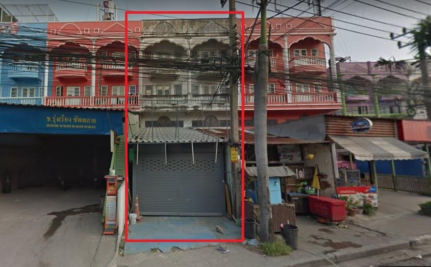 ภาพให้เช่า อาคารพาณิชย์ ใกล้นิคมอุตสาหกรรมบางปู ถ.แพรกษา 3 ชั้น 24 ตร.ว. 15,000 บาท/เดือน