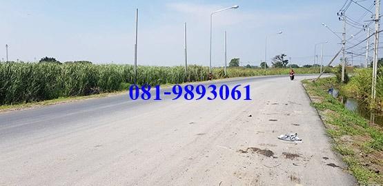 ให้เช่า ที่ดิน ลาดกระบัง 24 ไร่ ถนนคุ้มเกล้า ห่างมอเตอร์เวย์ 500 เมตร ให้เช่าไร่ละ 10,000 บ. / เดือน