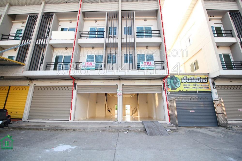 ภาพขาย/ให้เช่า ตึกแถว 2 ห้อง ติดถนนใหญ่ ตรงข้าม ม.กฤษณา 2 มีที่จอดรถ ใกล้โกลบอล แมคโคร ปทุมธานี