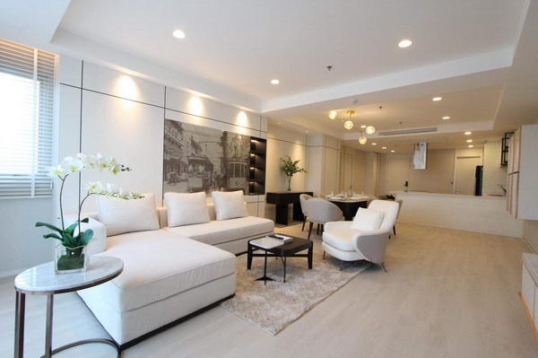 ภาพ(เช่า) FOR RENT NUSASIRI GRAND CONDO / 3 beds 3 baths / 130 Sqm.**85,000** Amazing Decorated. MUST SEE. CLOSE BTS EKKAMAI