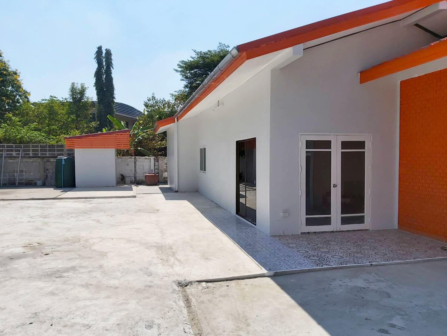 ให้เช่า บ้านเดี่ยว สำหรับทำออฟฟิศ สำนักงาน ซ.นวมินทร์157 รีโนเวทใหม่ 3-ห้องนอน 2-ห้องน้ำ จอดรถได้ 8-10 คัน