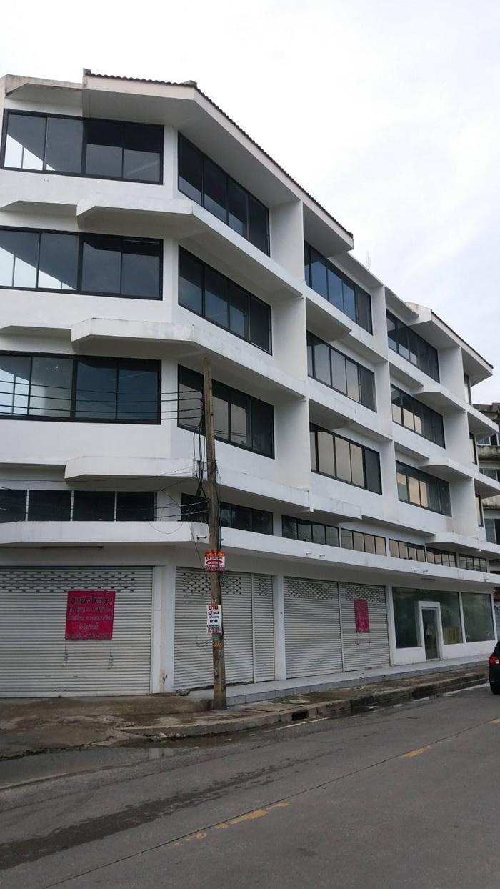 ภาพขายอาคารพาณิชย์ 4 ชั้น ย่าน รัชดา สุทธิสาร ซอย ลาดพร้าว 64 ทำเลดี ใกล้ MRT สุทธิสาร 2 km.