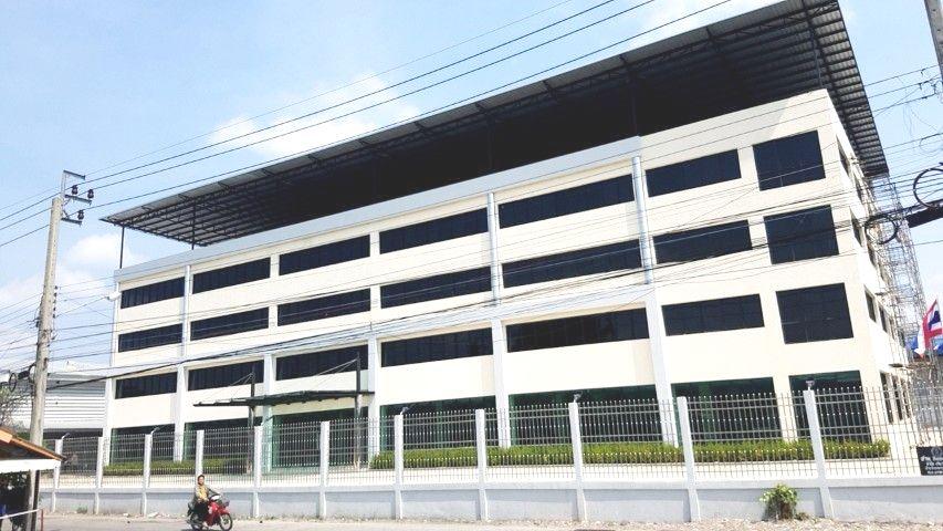 ภาพให้เช่าอาคารสำนักงาน 4 ชั้น ถนนเลียบคลองภาษีเจริญฝั่งใต้  พื้นที ใช้สอย 5,200  ตรม ที่จอดรถ  90  คัน เหมาะทำออฟฟิศสำนักงาน