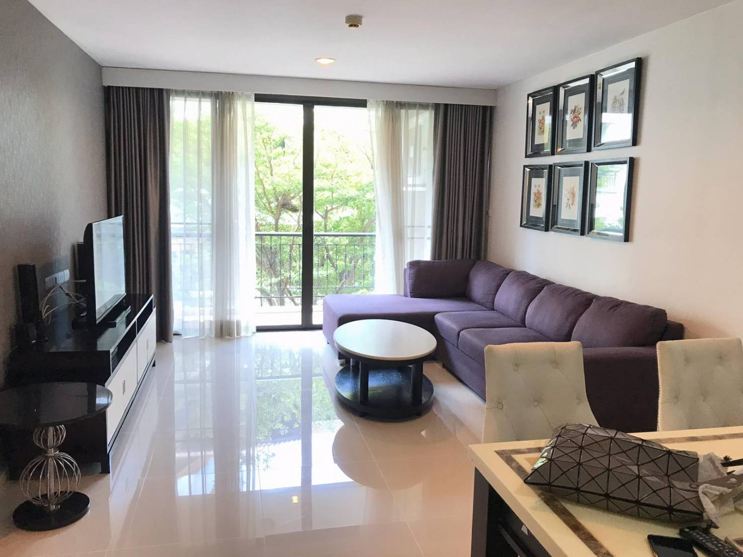 Pearl Residences Sukhumvit 24 - Beautifully Furnished & Ready To Move In 2 Bedrooms
