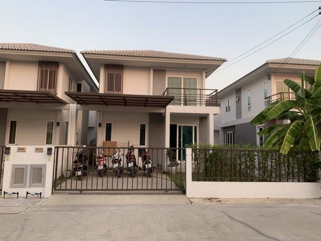 บ้านแฝดสไตล์บ้านเดี่ยว  บ้านในโครงการเดอะทัชเฮ้าส์