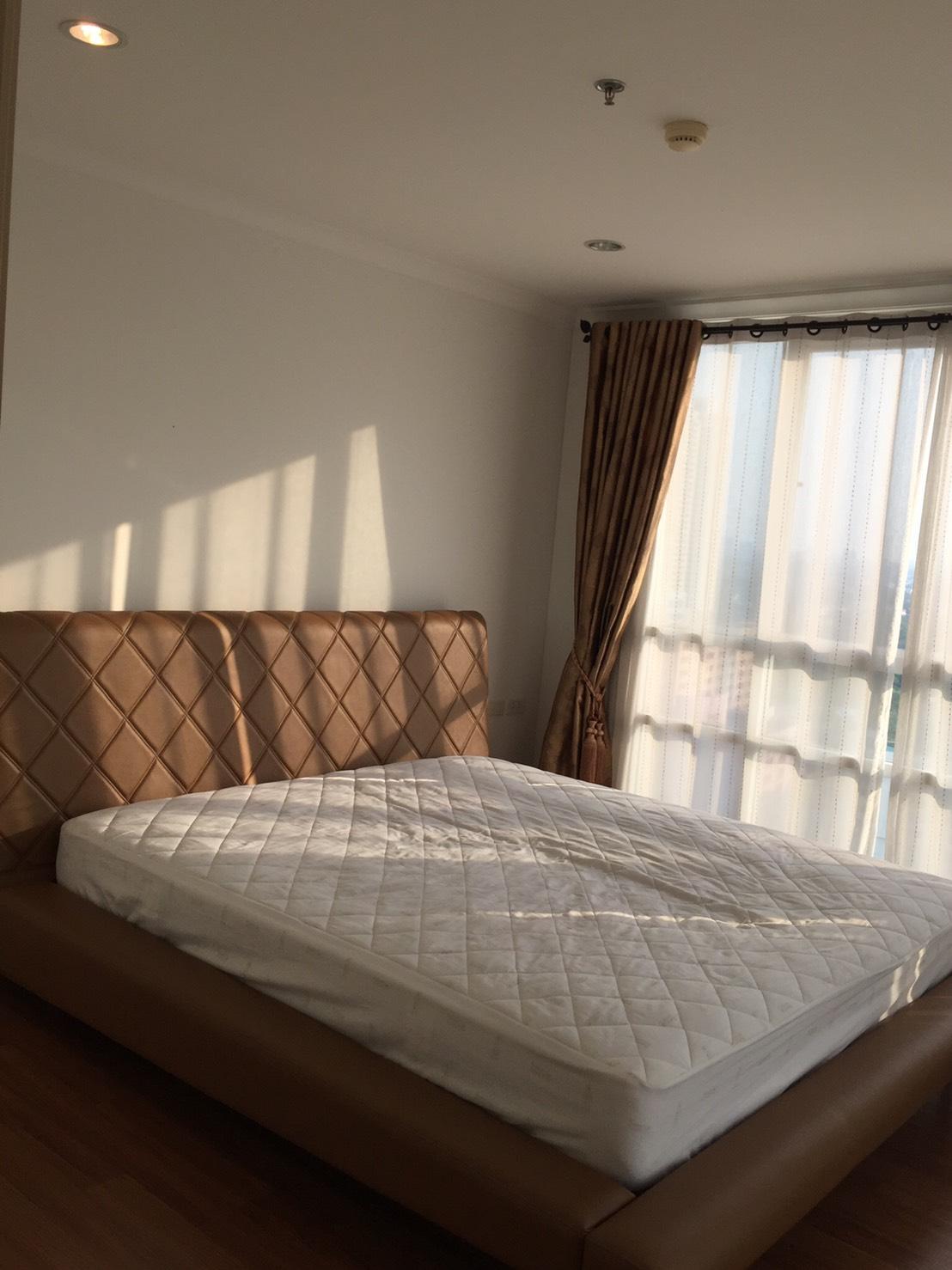 ภาพคอนโดต้องการขาย ลุมพินี สวีท ปิ่นเกล้า   สมเด็จพระปิ่นเกล้า  บางยี่ขัน บางพลัด 2 ห้องนอน