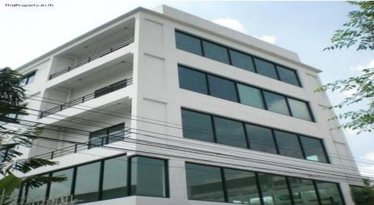 ภาพให้เช่าอาคารสำนักงาน 4 ชั้น พร้อมโกดัง  ซอยลาดพร้าว 71  ใกล้เลียบด่วนเอกมัย – รามอินทรา