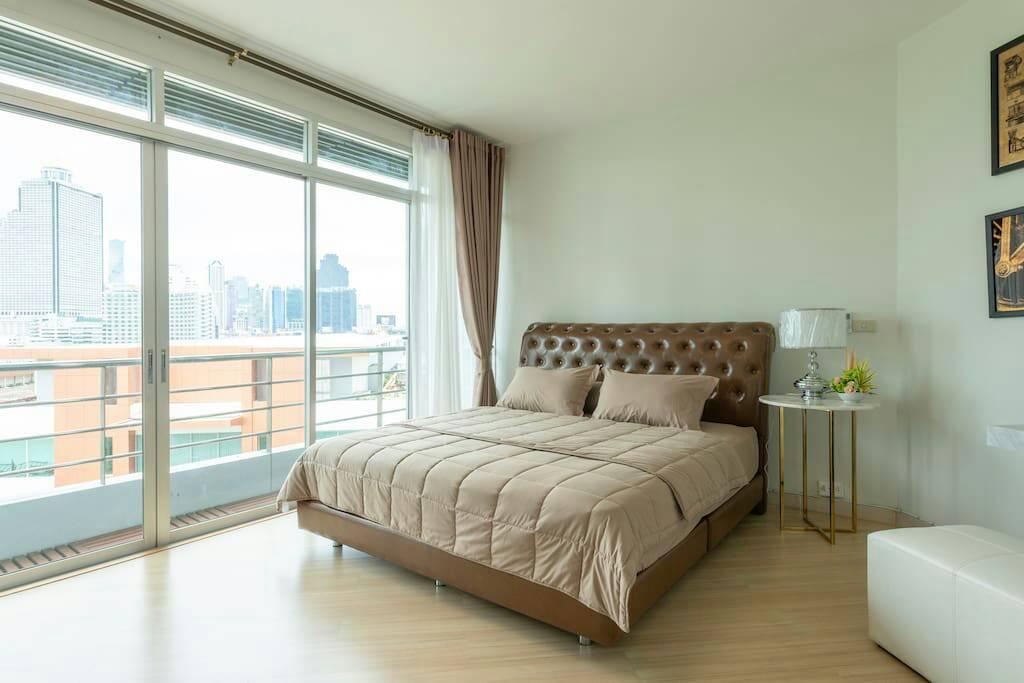 ภาพคอนโดต้องการขาย บ้าน สาทร เจ้าพระยา  ซอย เจริญนคร 15 A  คลองต้นไทร คลองสาน 2 ห้องนอน พร้อมอยู่ ราคาถูก