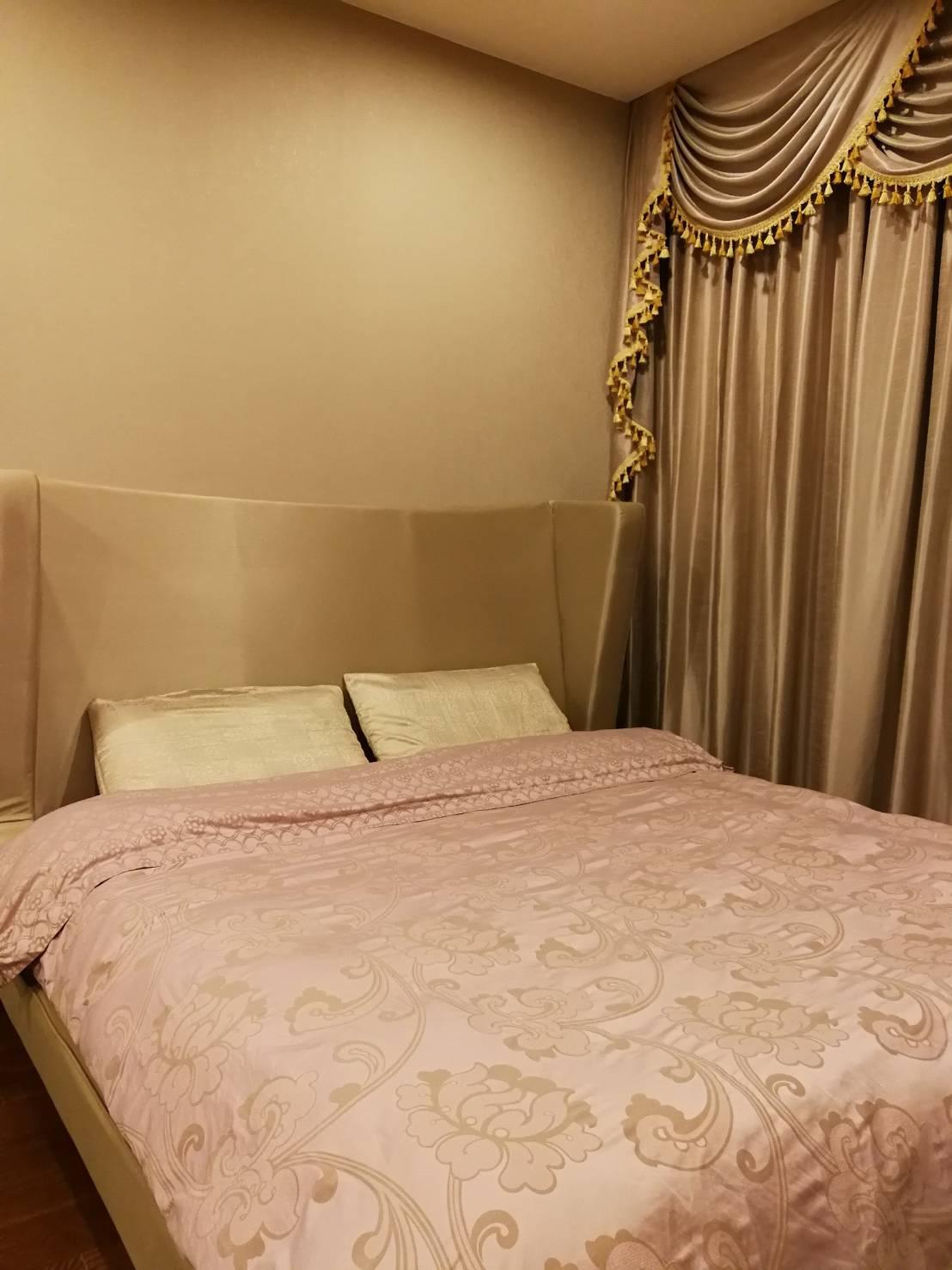 ภาพคอนโดต้องการขาย แม่น้ำ เรสซิเดนท์  ซอย เจริญกรุง 72/5  วัดพระยาไกร บางคอแหลม 2 ห้องนอน พร้อมอยู่ ราคาถูก