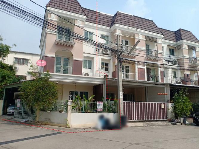 ขายบ้านทาวน์โฮม3ชั้นถนนพุทธบูชา36 แยก1 หมู่บ้านสรัญทร หลังมุม พืันที่29.1ตรว. ขาย3.55ล้าน ทำเลดี ใกล้โรงเรียนอนุบาลปานตะวัน