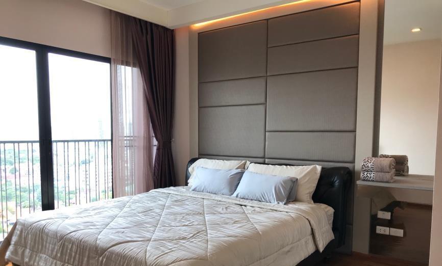 คอนโดต้องการขายพร้อมสัญญาเช่า โนเบิล รีวิล  ซอย สุขุมวิท 63  พระโขนงเหนือ วัฒนา 1 ห้องนอน พร้อมอยู่ ราคาถูก