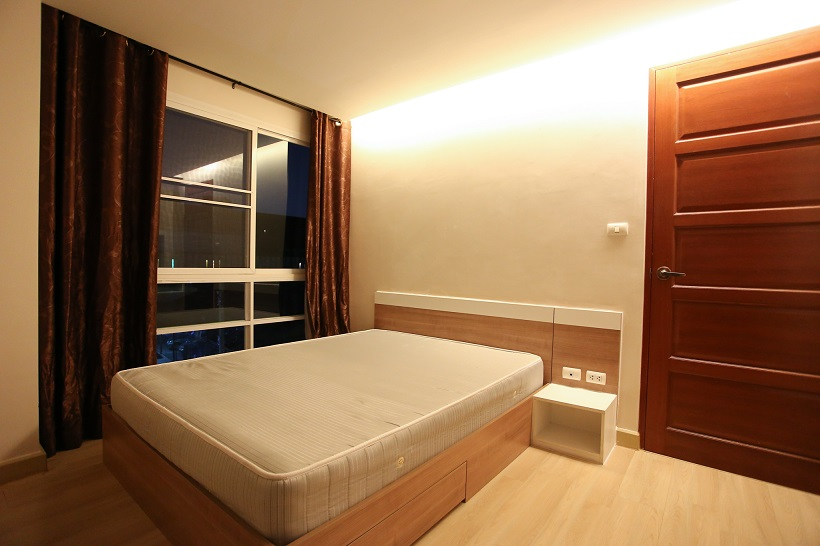 ภาพคอนโดให้เช่า เอมเมอรัลด์ เรสซิเดนท์ รัชดา ซอยนาทองแยก 9 ดินแดง  ดินแดง 1 ห้องนอน พร้อมอยู่ ราคาถูก