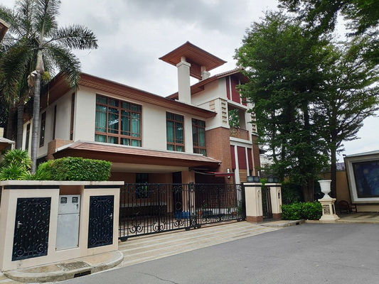 ภาพ(เช่า) FOR RENT BAAN SANSIRI SUKHUMVIT 67 / 4 beds 5 baths / 98 Sqw.**210,000** Unfurnished. Premium Village CLOSE BTS PHRAKANONG