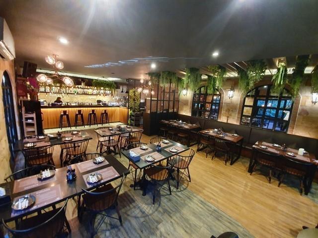 ภาพBK58 ให้เช่าพื้นที่ร้านอาหาร ขนาดพื้นที่ 200 ตารางเมตร  ทำเลใกล้แยก อโศก-เพชรบุรี ติดถนน เพชรบุรีตัดใหม่
