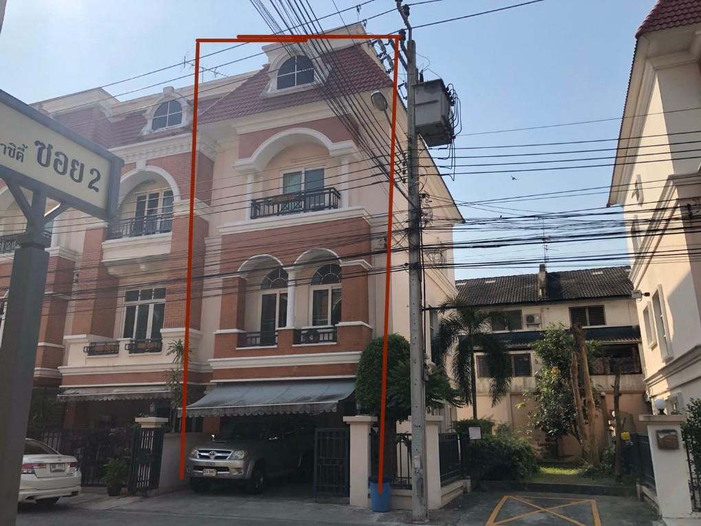 ภาพขายทาวน์เฮ้าส์ 3ชั้น 29ตรว. คาซ่าซิตี้1 ถนนสุคนธสวัสดิ์ โรงเรียน กรุงเทพฯ ขายพร้อมผู้เช่า.