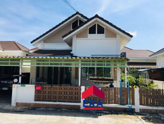 ภาพขายบ้านแฝด หมู่บ้านอยู่สบาย4 ราคาไม่แพง เดินทางสะดวกติดถนนใหญ่ โซนพานทองและนิคมอมตะนคร