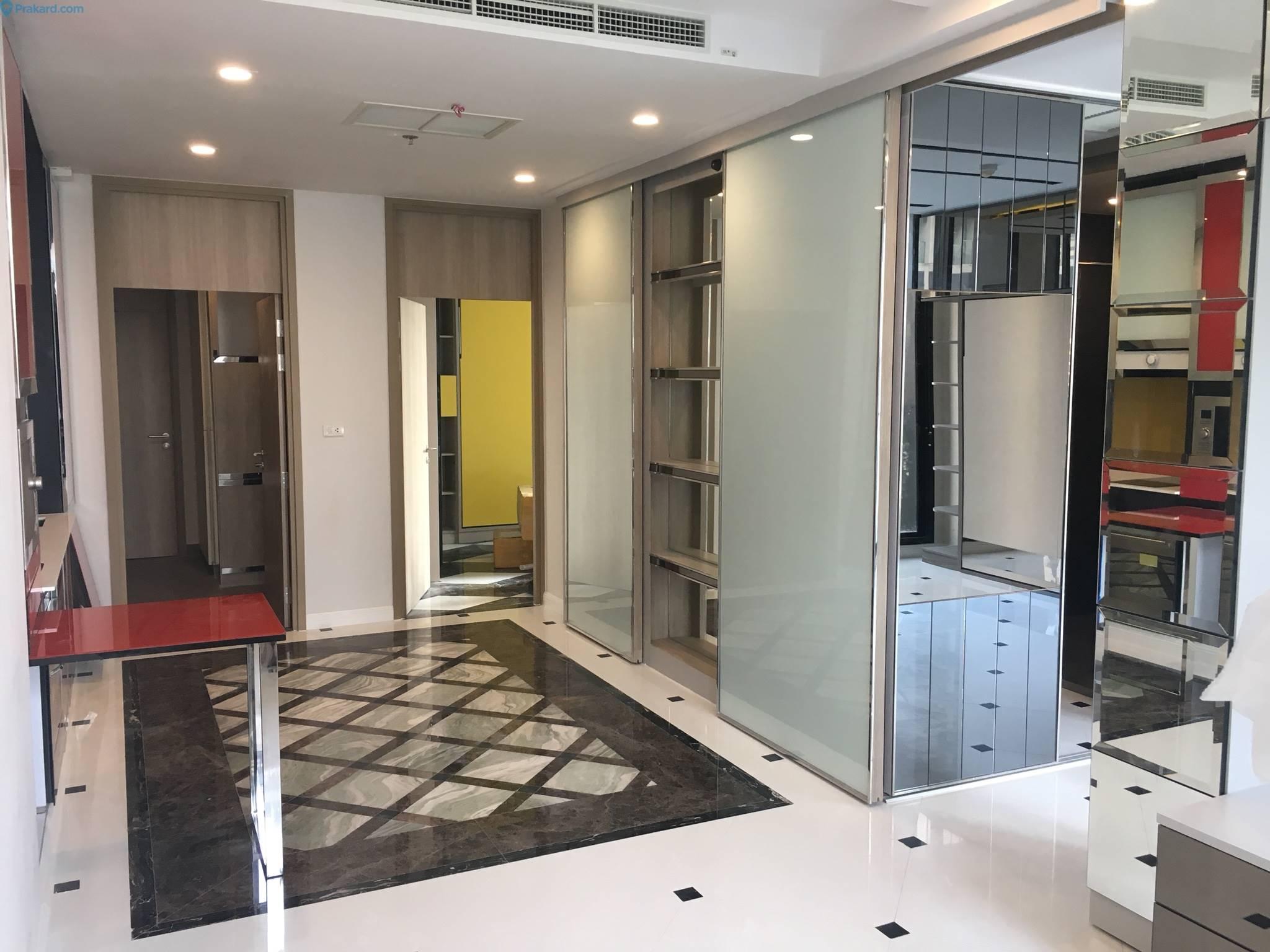 ภาพNoble Ploenchit - Beautifully Furnished & Ready To Move In / BTS Skywalk Access