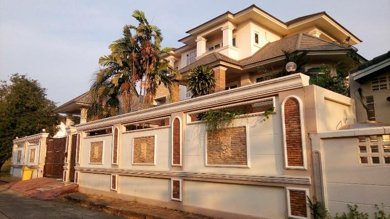 ภาพขายถูกบ้านเดี่ยว 3ชั้น ถนนรามคำแหง ใก้ลสถานีรถไฟฟ้าสายสีส้ม 163ตร.ว บ้านสร้างเองตกแต่งต่อเติมทั้งหลัง