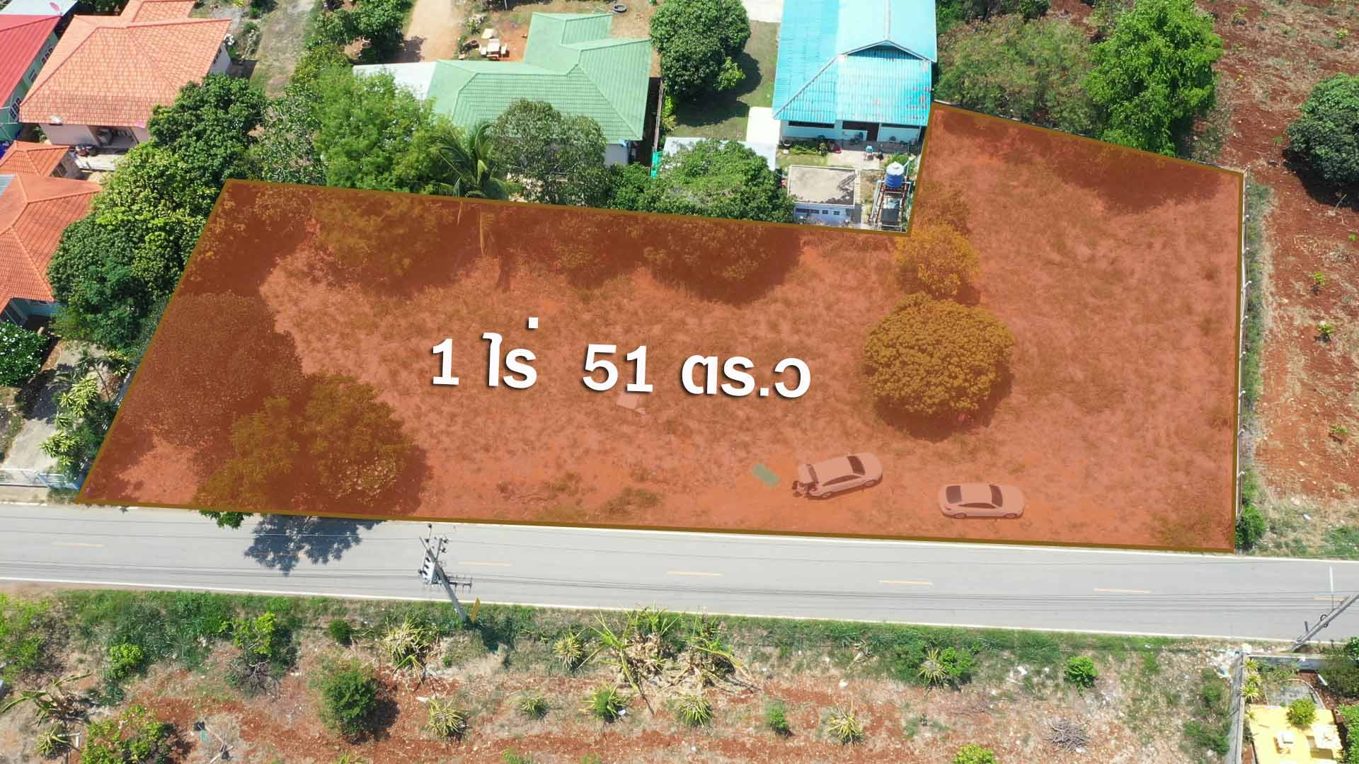 ภาพขายที่ดินกลางดงติดถนน   ต.กลางดง  เนื้อที่ 1 ไร่ 51 ตารางวา
