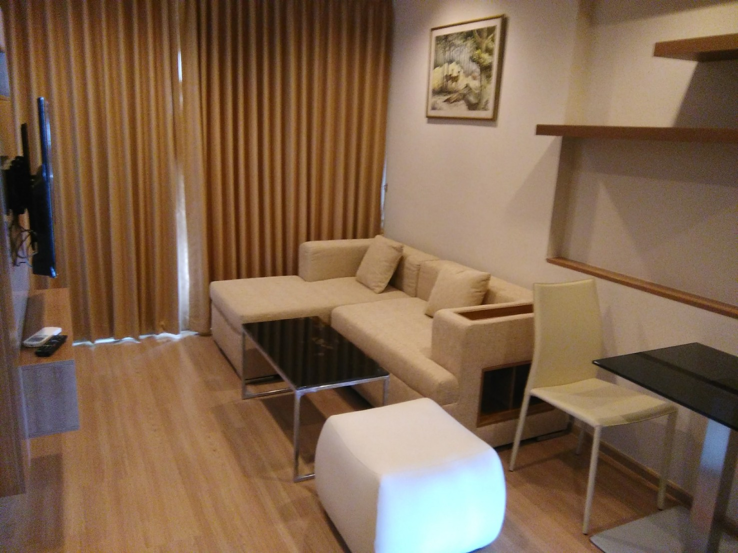Rhythm Sathorn - Beautifully Furnished 1 Bedroom / High Floor With Open Views / Ready To Move In
