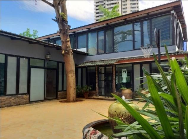 ภาพSukhumvit 36 - Rama 4 Single House 200 sqw. 650 sqm. for Residence 95,000 B/M. Home office 120,000 B/M