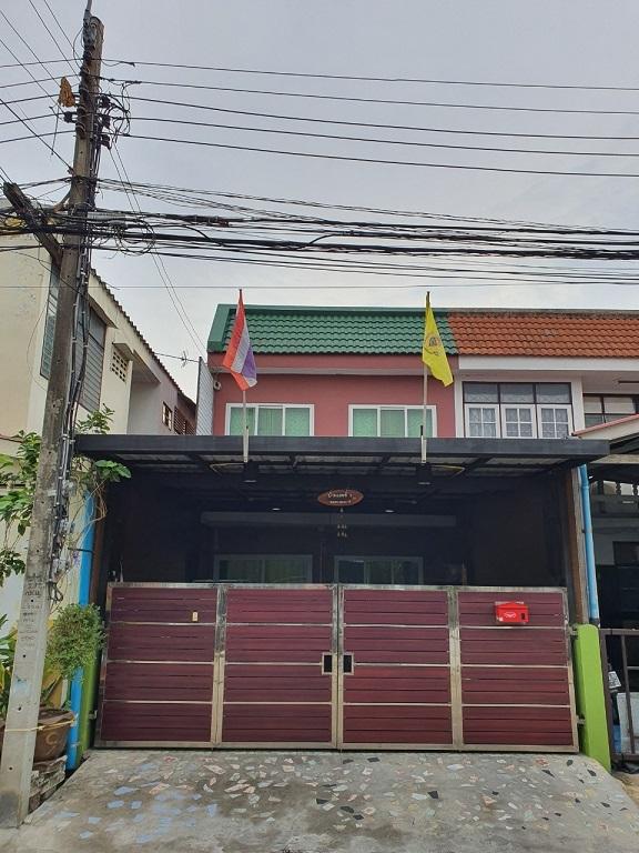 ภาพขายบ้านทาวท์เฮ้าส์ 2ชั้น รีโนเวทใหม่ทั้งหลัง (หมู่บ้านสรรทัศน์ธานี) ซอยทรายทอง 20 จ.นนทบุรี