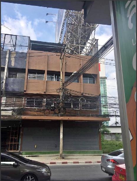 ภาพRP089 ให้เช่าอาคารพาณิชย์ 4 ชั้น 2 คูหา พร้อมที่จอดรถ ติดรถไฟฟ้า