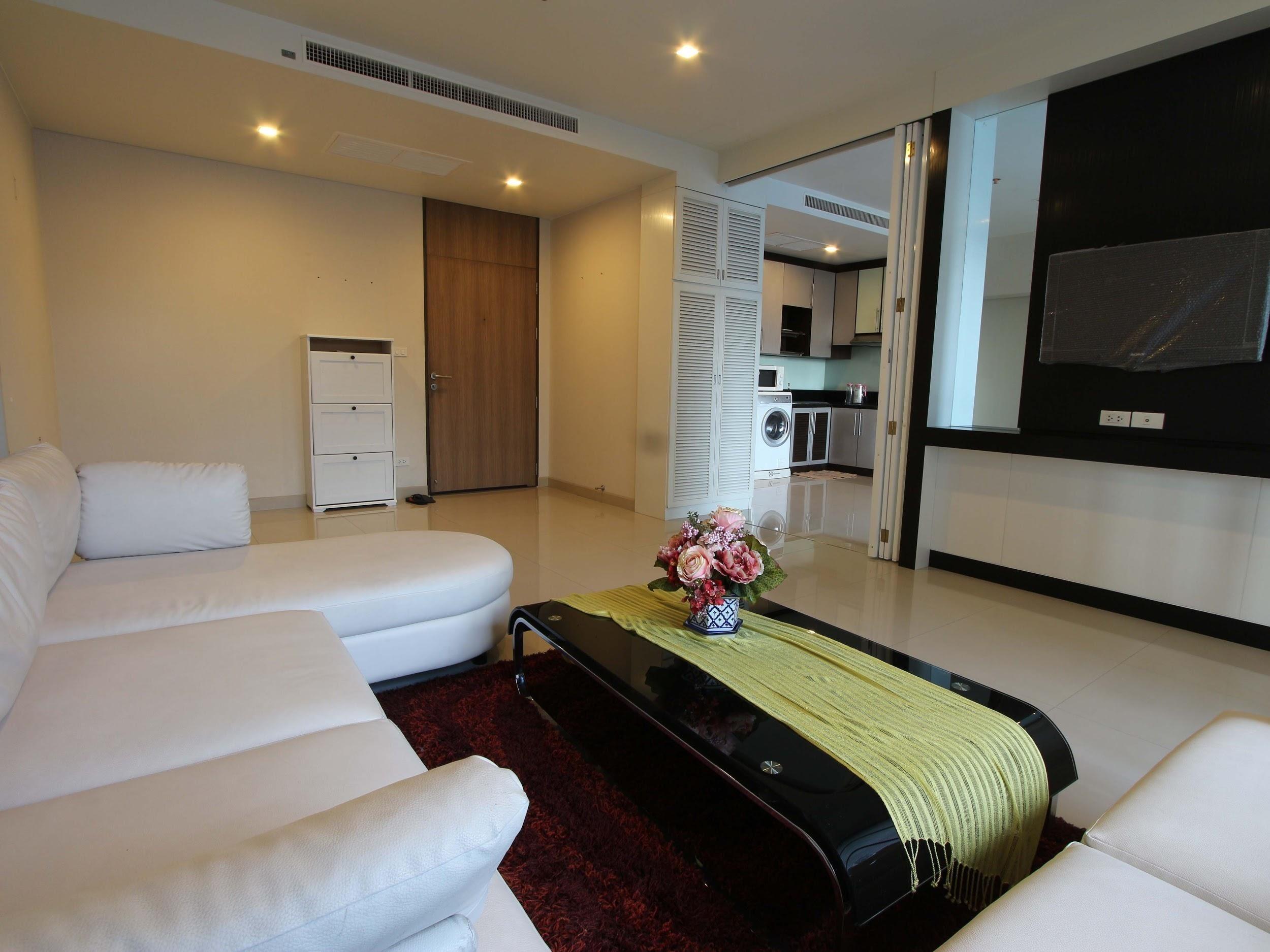 ภาพNoble solo - Beautifully Furnished 2 Bedroom Unit / Ready To Move In / Open Views