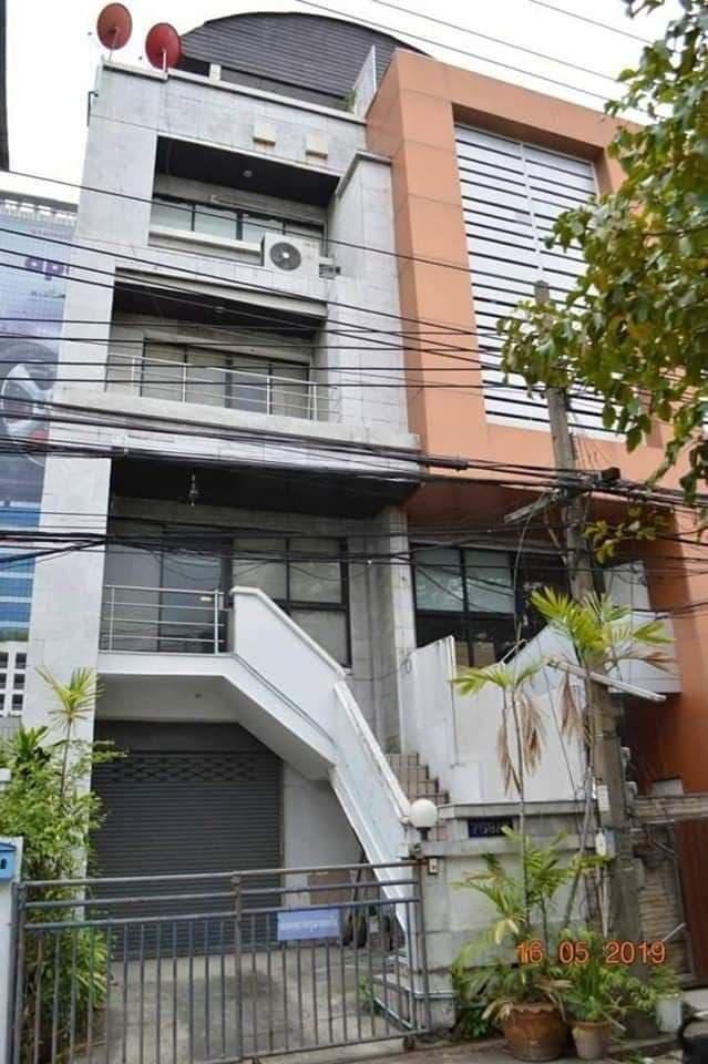 ภาพCode17023 Home office foe SALE Close to MRT rama9 ขายโฮมออฟฟิศ 4 ชั้น พื้นที่ใช้สอย 400 ตรม.ย่านพระราม 9 ใกล้ทางด่วนและไม่ไกลจาก MRTพระราม 9