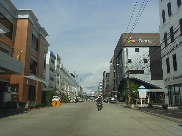 ภาพอาคารสำนักงาน ถนนกิ่งแก้ว 40/2 ใกล้ถนนใหญ่