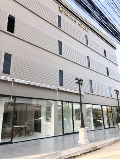ภาพLB005เซ้งเช่าอาคาร 4 ชั้น ตกแต่งหรู ทำเลธุรกิจ ถนนเรียบทางด่วนรามอินทรา ติดร้านโรงเหล้าแสงจันทร์