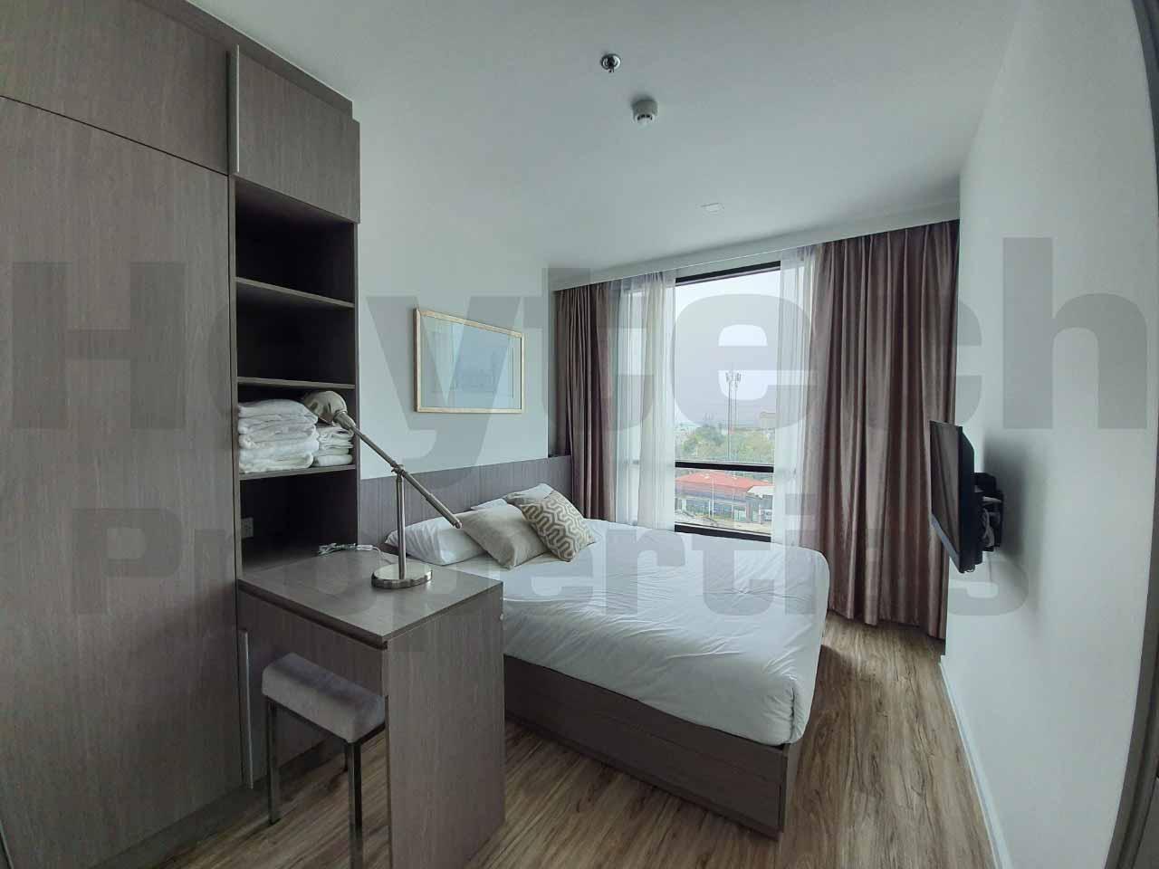 ภาพเพนเฮาส์หรู 2 ห้องนอน สไตล์ญี่ปุ่น มีอ่างจากุซี่ ทำเลดี ไนท์บริดจ์ ดิโอเชี่ยน ศรีราชา ห้องใหญ่มาก