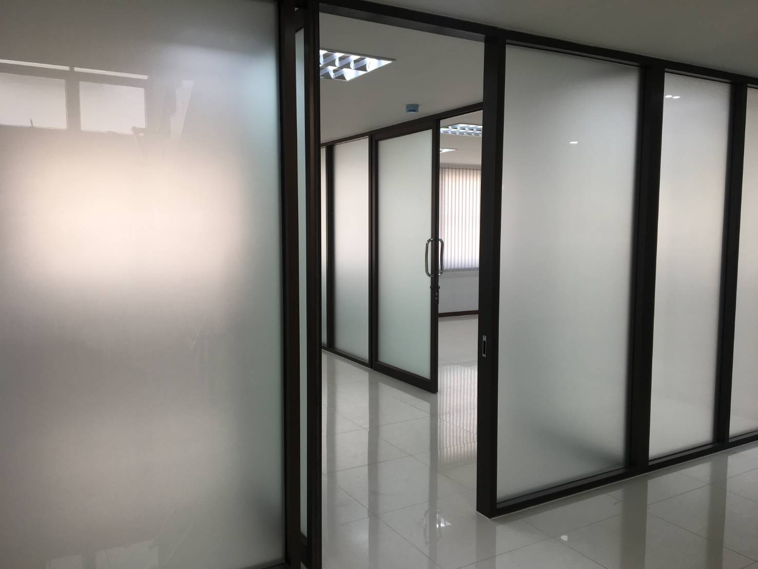 ภาพให้เช่าอาคาร 7ชั้น มีลิฟต์ โครงการ prime state
