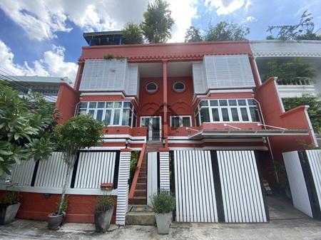ภาพบ้าน พหลโยธิน เสนา รัชโยธิน 2 คูหา 3 นอน ใกล้ BTS