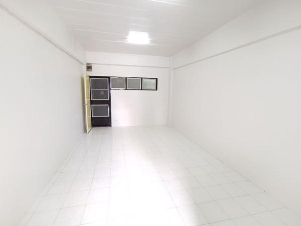 ภาพขายคอนโด เคหะบางกะปิ 1 ห้องนอน 1 ห้องน้ำ 26.09 ตร.ม. เป็นห้องด้านหน้า ค้าขายได้
