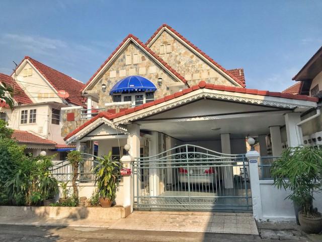 ภาพรหัสทรัพย์  7910 บ้านเดี่ยว หมู่บ้านกรุงทอง4