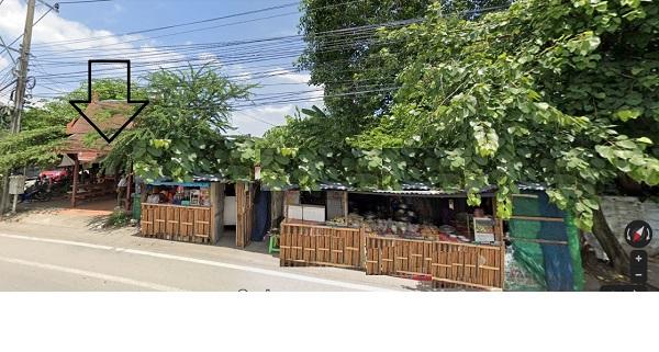 ภาพขายที่ดิน ติดถนนเพชรหึง ใกล้ตลาดน้ำบางน้ำผึ้ง บางกะเจ้า  เนื้อที่ 2 ไร่ 3 งาน 93 ตรว แปลงหัวมุม ที่ดินติดถนนทั้ง 2 ด้าน  กว้างติดถนน 80 เมตร และ กว้างติดถนน เพชรหึง 20 เมตร