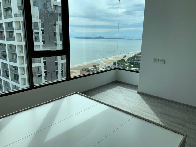 ภาพคอนโด พัทยา ห้องอยู่อาศัย AERAS Beachfront Pattaya