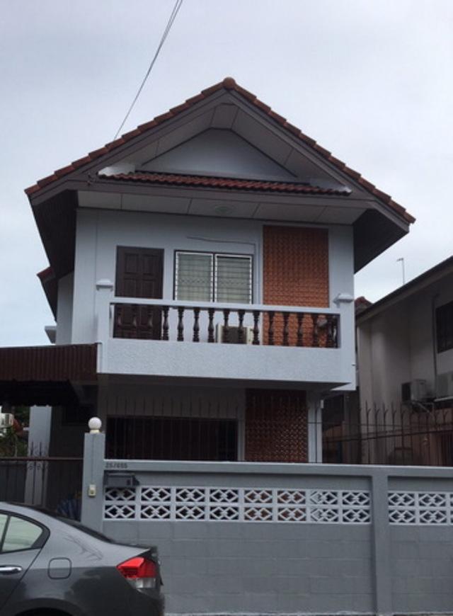 KR-258 ให้เช่าบ้านเดี่ยว 2 ชั้น หมู่บ้านสี่ไชยทอง3 ถนนแจ้งวัฒนะ - ปากเกร็ด24 พร้อมอยู่