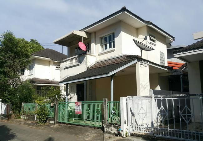 ขาย บ้านเดี่ยว ปฐมพร การ์เด้นท์ ซอยกระทุ่มล้ม 24 ถนนพุทธมณฑลสาย 4 เขตทวีวัฒนา กรุงเทพมหานคร