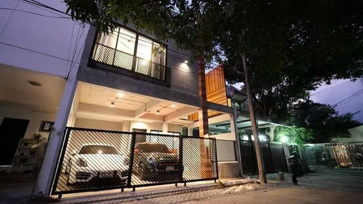 ให้เช่า 90,000/ต่อเดือน บ้าน Loft Townhome 2 ชั้น สุขุมวิท 49 บ้านสวย เฟอร์ครบ พร้อม OUTDOOR JAGUZZI จดทะเบียนบริษัทได้