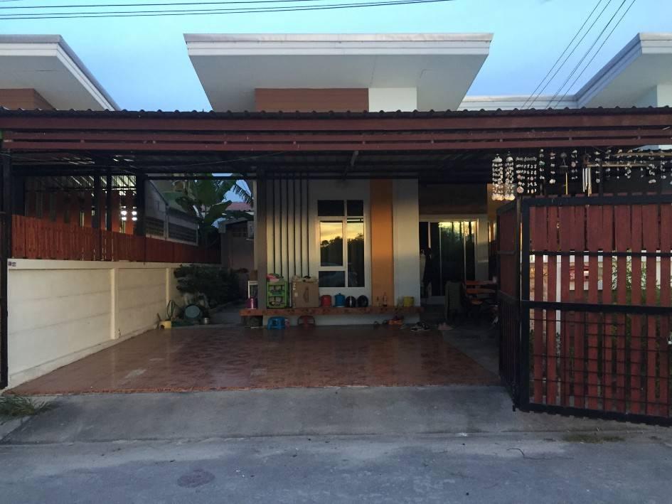 บ้านแฝด ชั้นเดียว หมู่บ้านจินดาภัณฑ์ อ.บ้านบึง จ.ชลบุรี