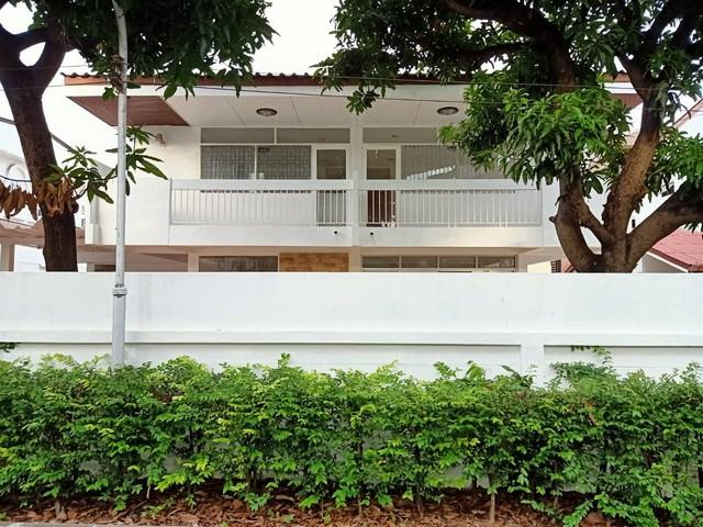ให้เช่าบ้านเดี่ยว หมู่บ้านศรีชวาล ปรีดีพนมยงค์45