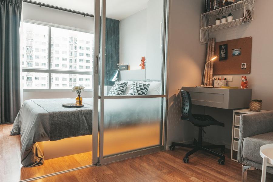 ผ่อนตรงกับเจ้าของ คอนโด ลุมพินี พาร์ค เพชรเกษม 98 ใกล้ MRT หลักสอง 26.5 ตร.ม 1 ห้องนอน ชั้น15