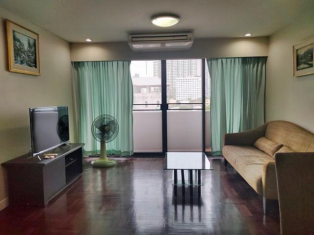 ขายคอนโด Green Peace Mansion (กรีน พีซ แมนชั่น) ขนาด 108 ตร.ม. ห้องมุม!!